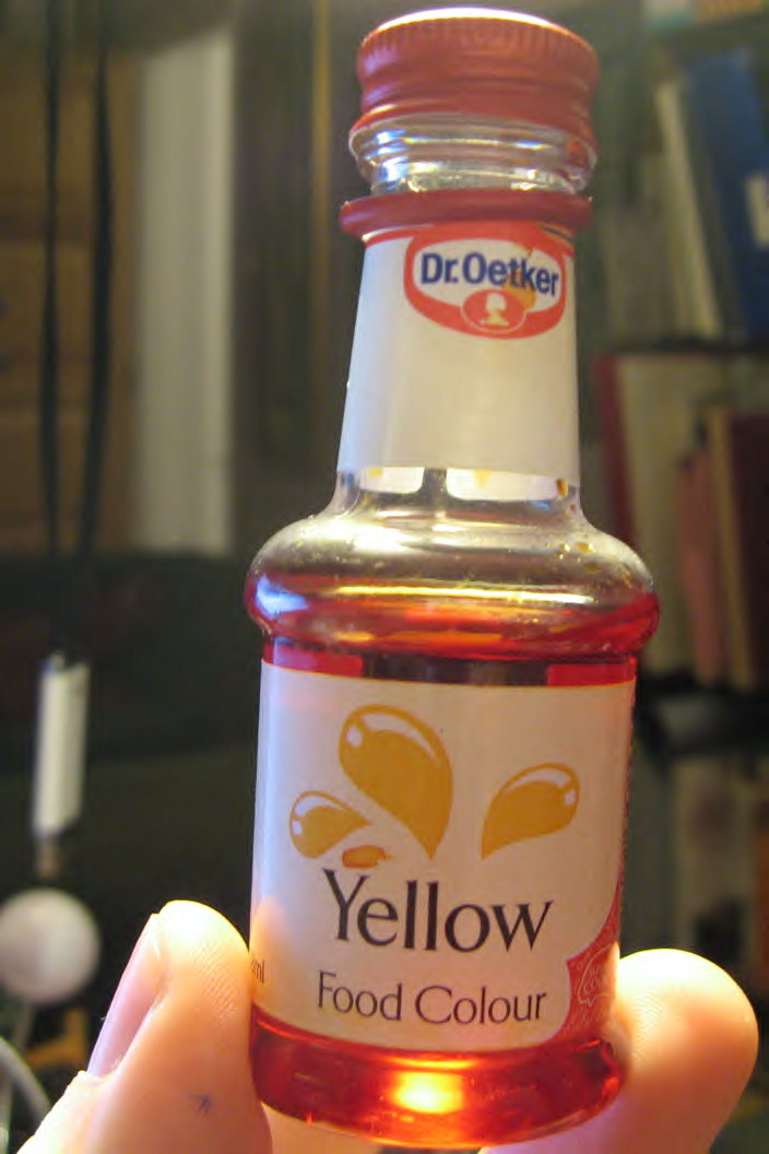 Why is yellow food colouring red? | Protons for Breakfast Blog