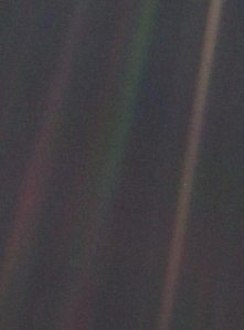Image of Earth taken by Voyager 1