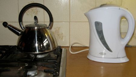 Which kettle is more energy efficient?
