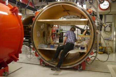 Installing Equipment in the Aarhus University Mars SImulator